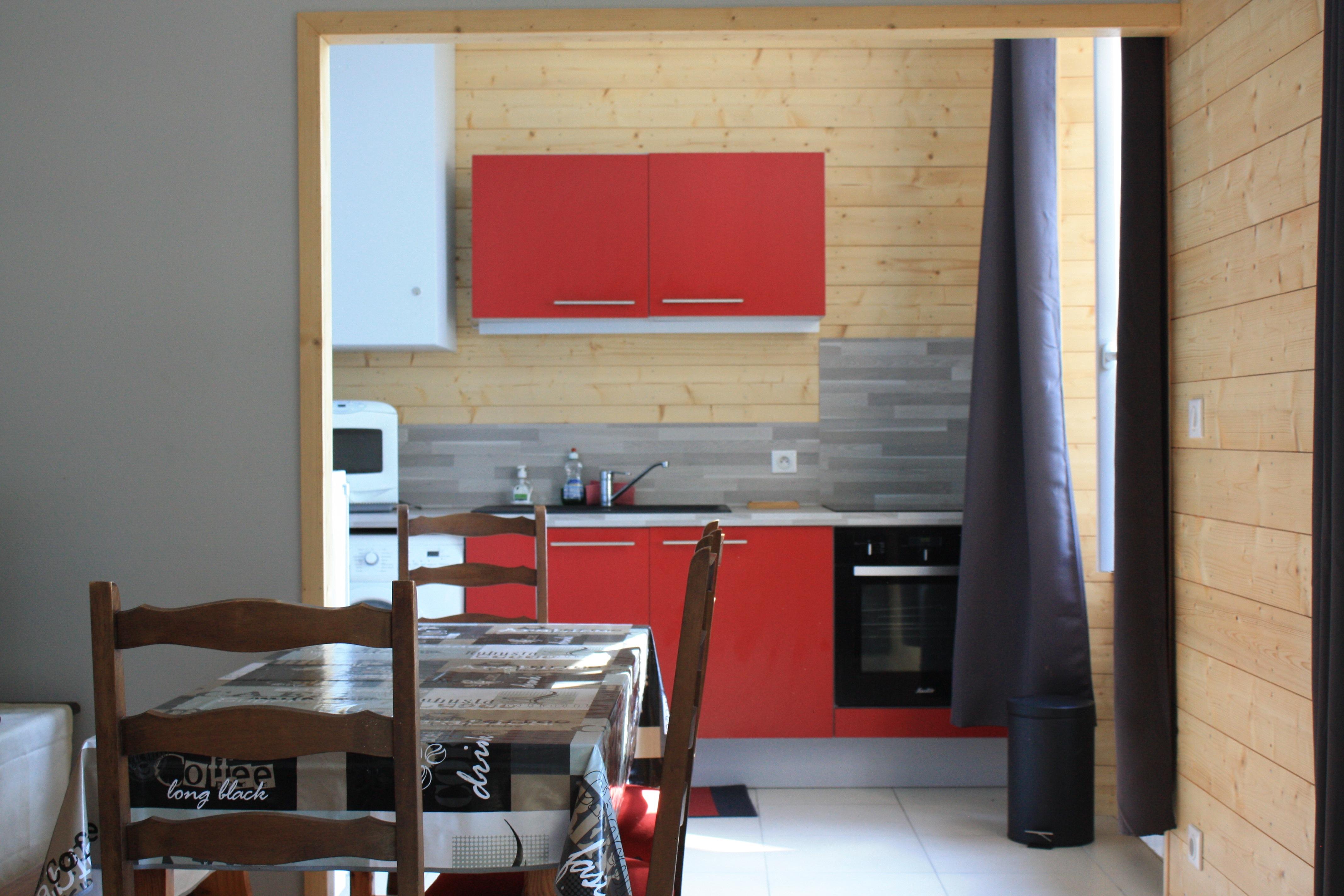 afa k che vermietung und verpachtung h ngeschr nke wei. Black Bedroom Furniture Sets. Home Design Ideas